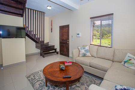 Roatan-Honduras-property-roatanlife1236-4.jpg