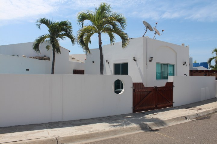 Salinas-Ecuador-property-RS1900214.jpg