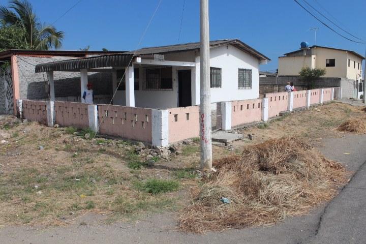 Ballenita-Ecuador-property-RS1900208.jpg