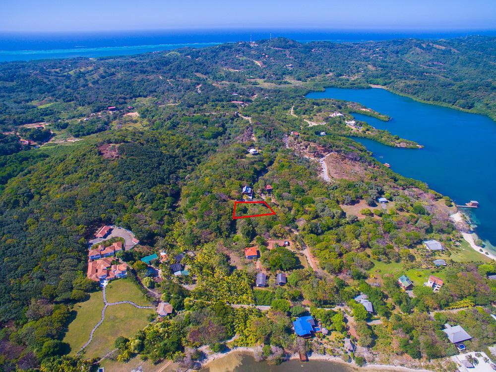 Roatan-Honduras-property-roatanlife18-258-2.jpg