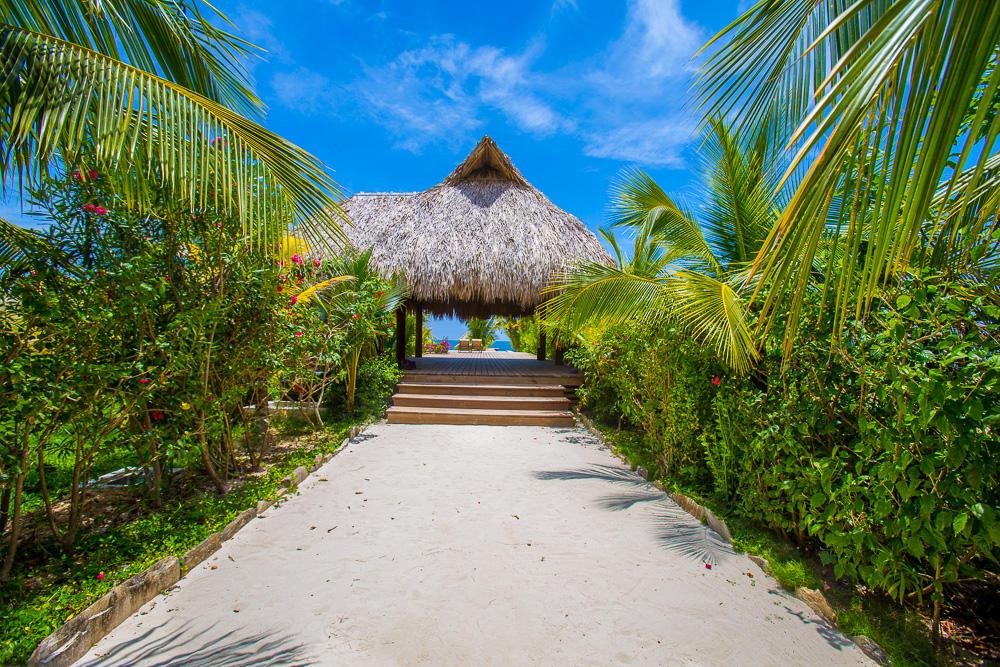 Roatan-Honduras-property-roatanlife18-292-8.jpg