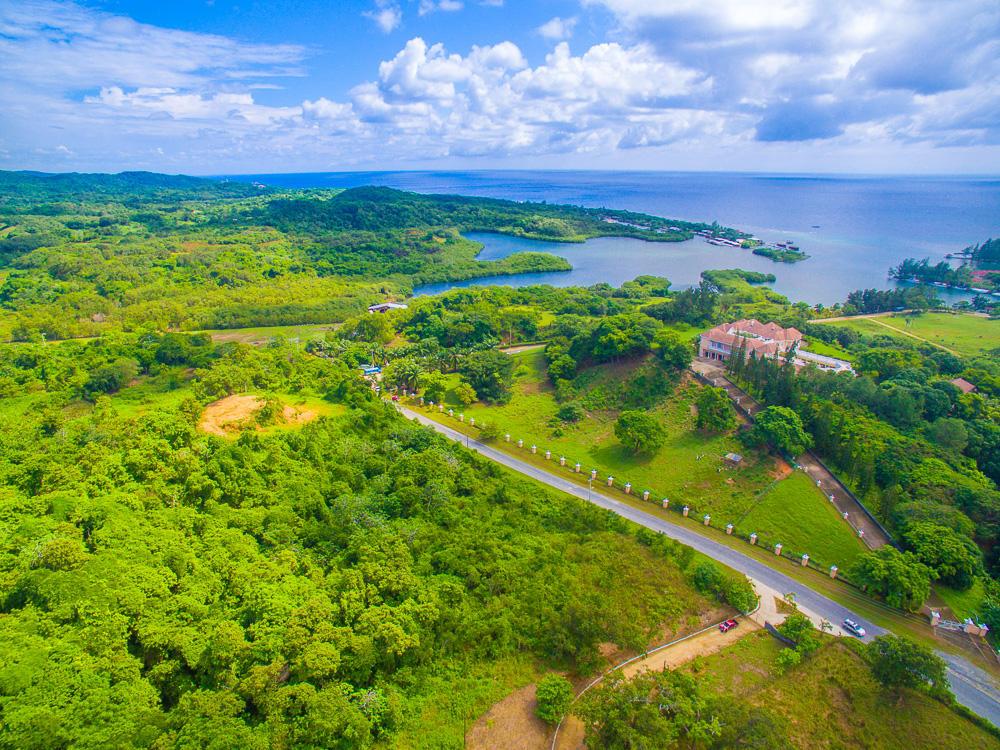 Roatan-Honduras-property-roatanlife18-635-4.jpg