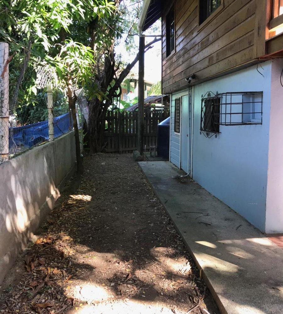 Roatan-Honduras-property-roatanlife18-495-6.jpg