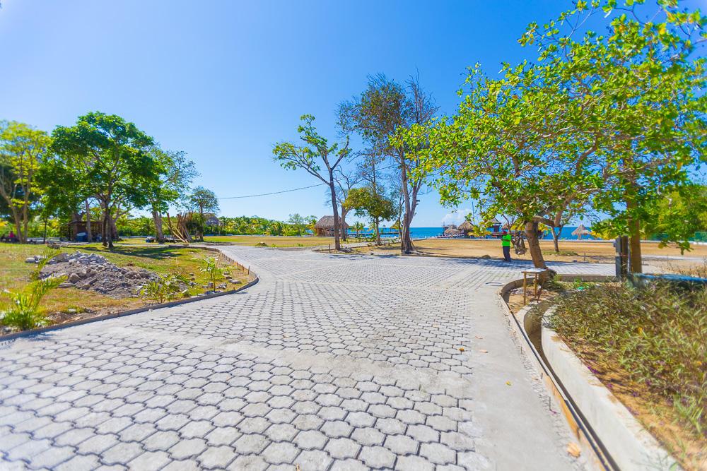 Roatan-Honduras-property-roatanlife17-558-2.jpg