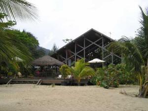 Roatan-Honduras-property-roatanlife16-536-2.jpg