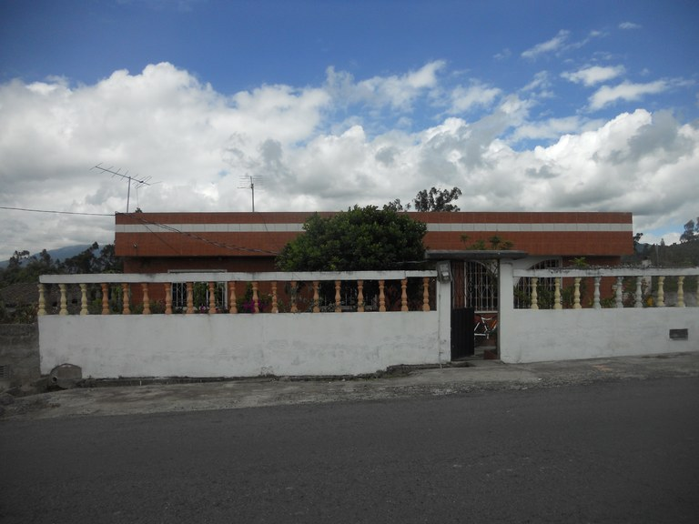 Cuicocha-Ecuador-property-RS1900242.jpg