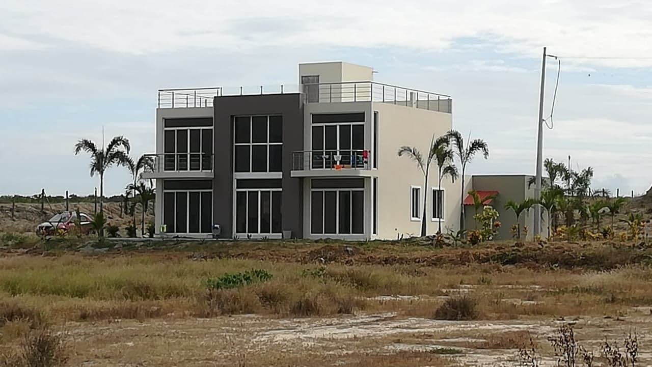 Puerto-Cayo-Ecuador-property-554621-2.jpg