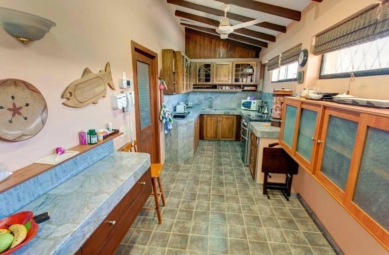Costa-de-Oro-Salinas-Ecuador-property-RS1900317.jpg