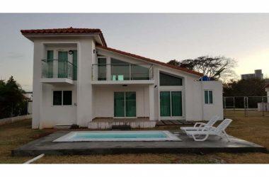 Gorgona Panama - Beach house for rent in Malibu Lakes Nueva Gorgona
