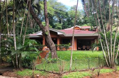 Herradura Costa Rica - Tropical Rainforest House For Sale