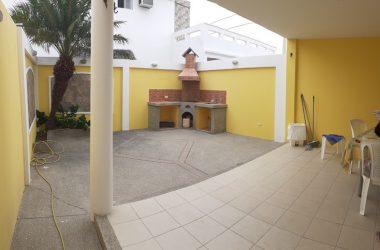 Capaes Ecuador - Capaes-Villa Marina: Sun & Fun-Now For Sale