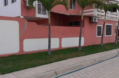 Capaes Ecuador - Villa Marina: Direct Access to the Beach ~ Tunnel to Playa Capaes -Beautiful Home