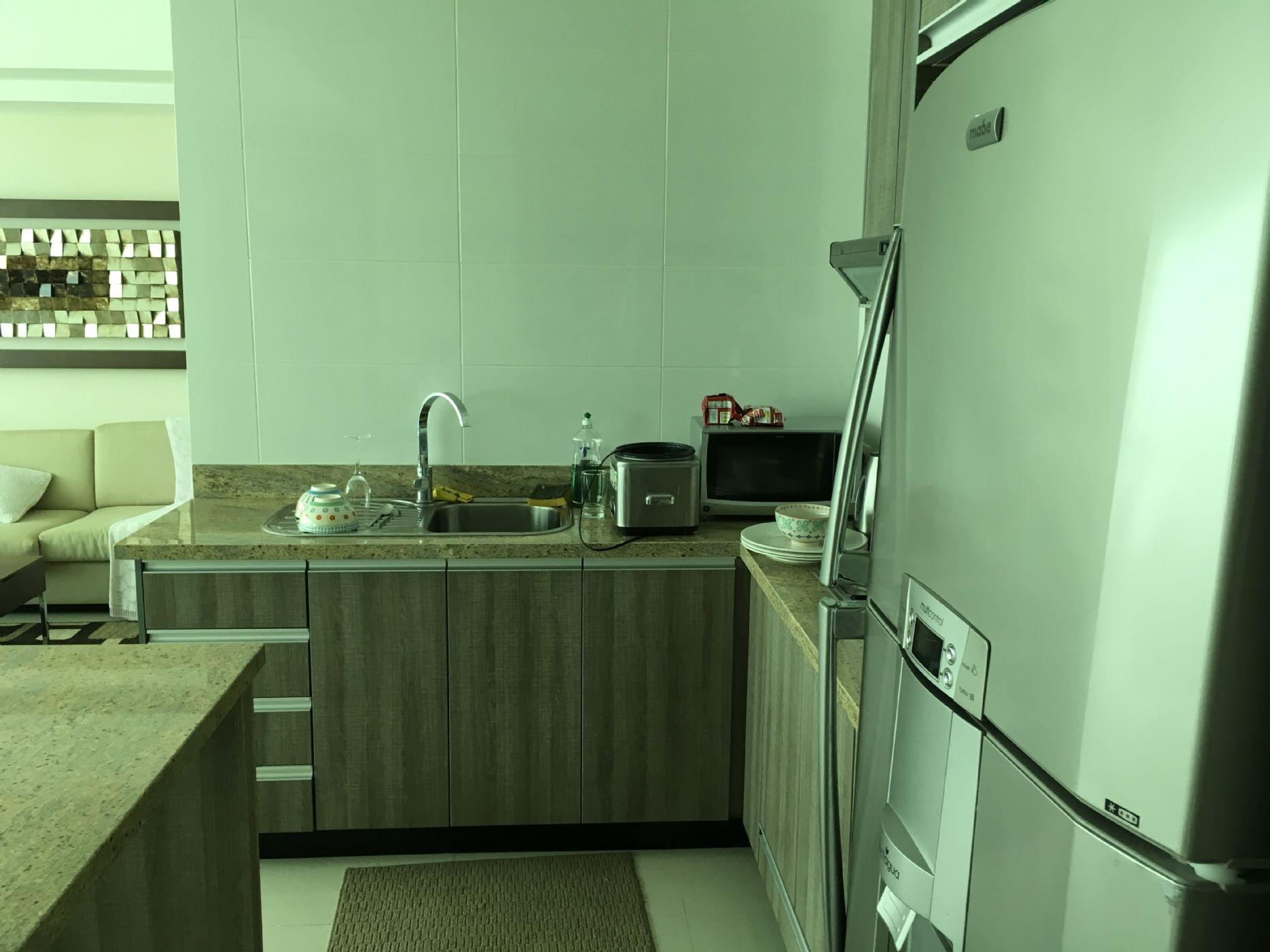 10-Kitchen1