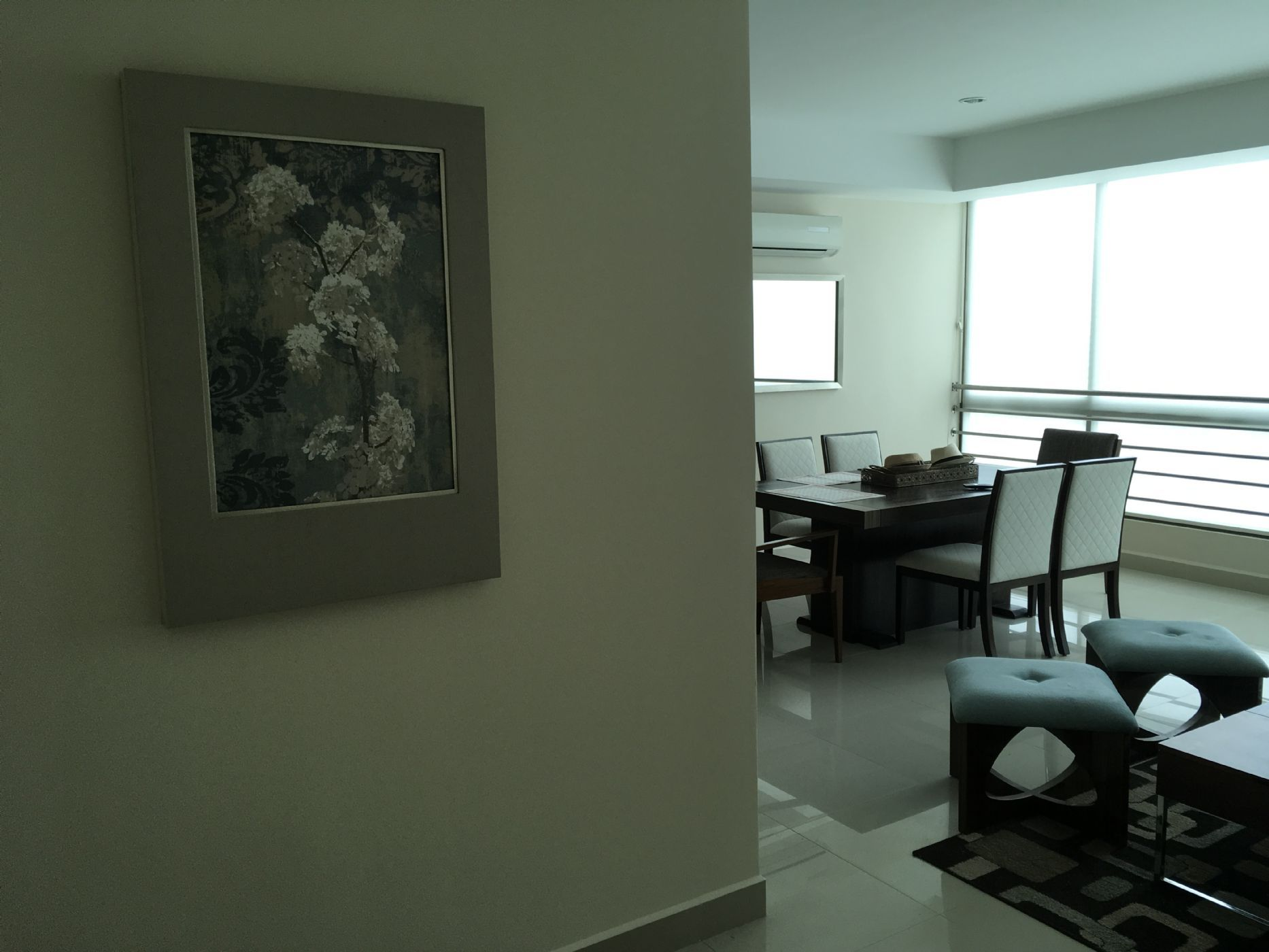 2-Entrance-Area-Artwork