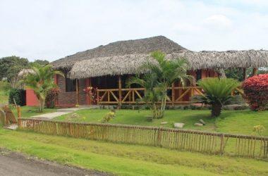 Olón Ecuador - Olon – Valles de Olon – Custom Home: Fantastic Home with a Tropical Flair