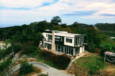 Montañita Ecuador - Class,Style and Luxury Best Describes this Home Amazing Panoramic Views of the Entire Coastline