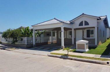 Vista Alegre Panama - House for sale in Playa Dorada, Arraijan