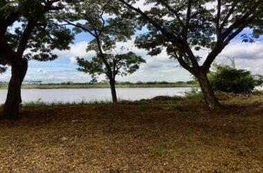 Samborondon - Guayaquil Ecuador - Riverfront Home Construction Site For Sale in Samborondon – Guayaquil