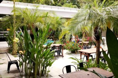 Ojochal Costa Rica - 1 ACRE – Brand New Commercial Plaza Full W/Tenants + 6 Cabin Hotel With Pool And Great Occupancy!!!!
