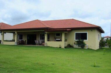 Boquete Panama - House in Boquete with 3 bedrooms in Los Molinos – Ref- 1052-6434
