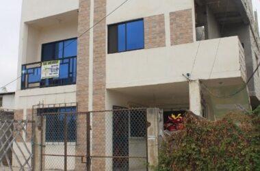 La Libertad Ecuador - Inversion in La Libertad-Two Rentals: Located near CNEL- Fantastic Price