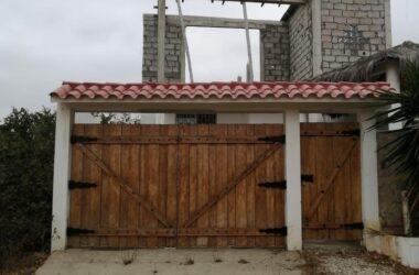 Punta Blanca Ecuador - Near the Coast House For Sale in Punta Blanca