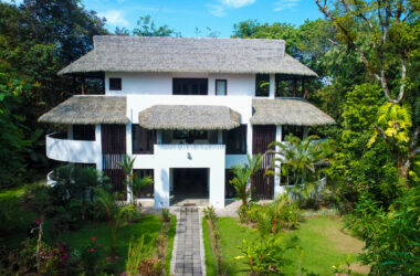 Uvita Costa Rica - 16.3 ACRES – 5 Suite Luxury Boutique Hotel Close To Beach, Room For Expansion On Ocean View Land!!!