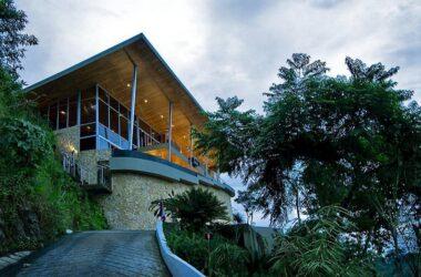 Manuel Antonio Costa Rica - 0.69 ACRES – 4 Bedroom Spectacular Ocean View Home With Infinity Pool!!!!!