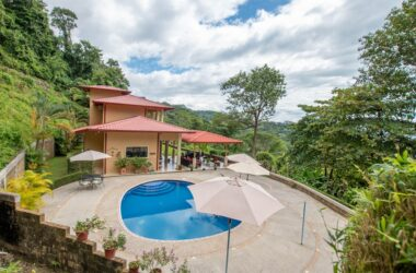 Uvita Costa Rica - 2.6 ACRES – 4 Bedroom Luxury Home With Pool And Stunning Ocean View!!!!