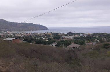 Puerto Lopez Ecuador - Ocean View Home in Puerto Lopez: Watch the Whales from your ocean view home