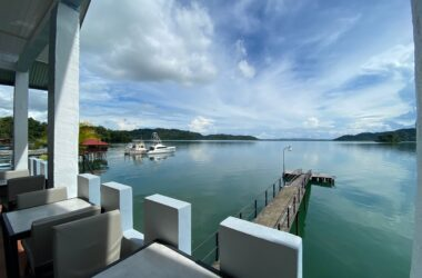 GOLFO DULCE Costa Rica - 0.12 ACRES – 13 Room Waterfront Hotel With Private Dock On Titled Land!!!!