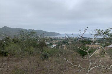 Puerto Lopez Ecuador - Puerto Lopez land with views
