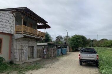 Olón Ecuador - Tiny Home walk to the beach